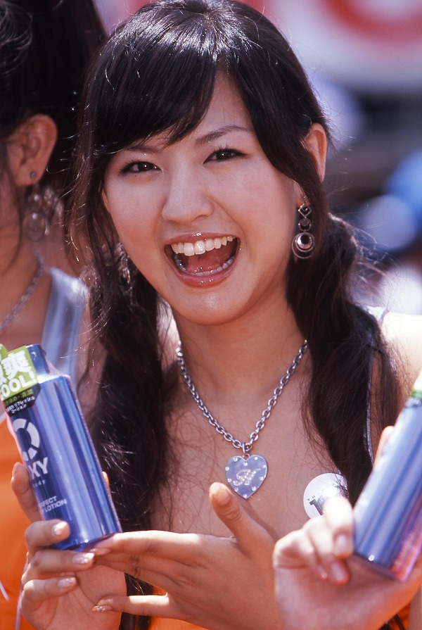 20007ポッカ西内裕美1.jpg